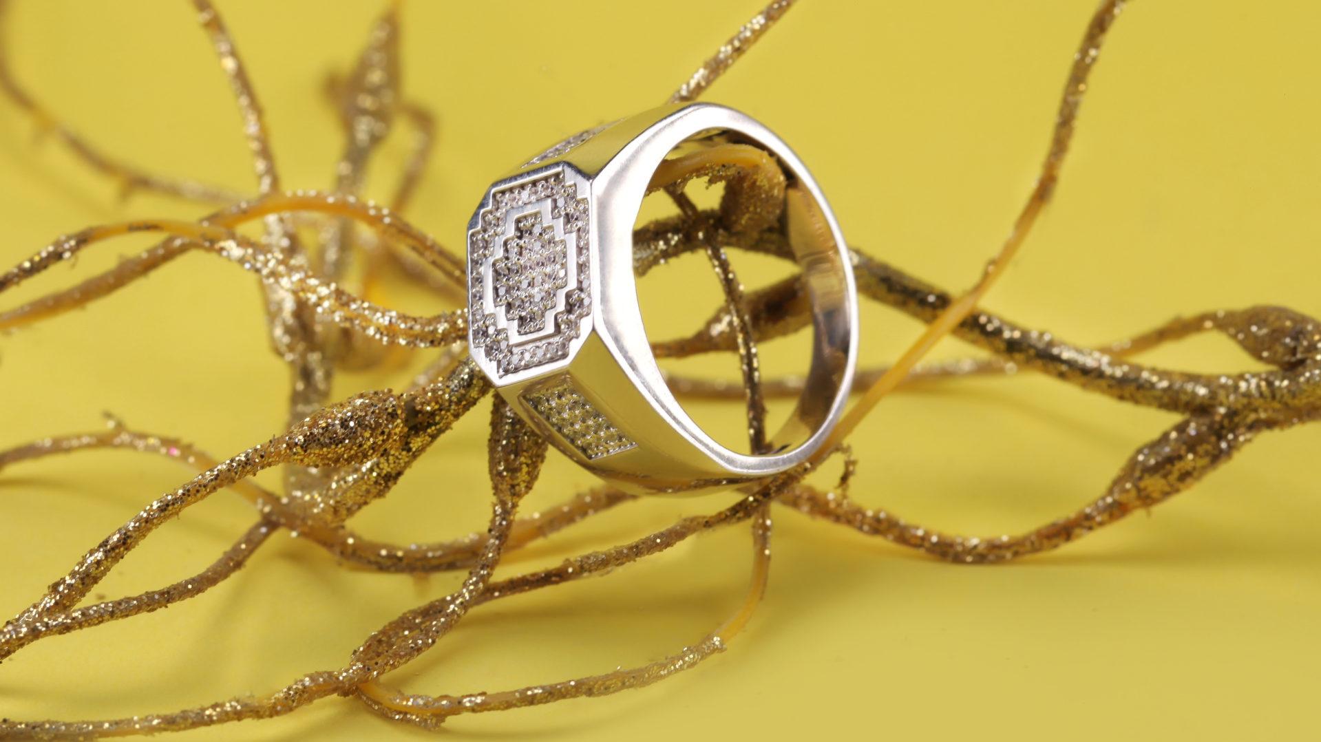 جواهرات پلاتین نوبل